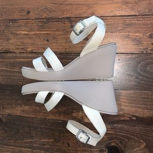 Crocs Leigh Sandal Wedges